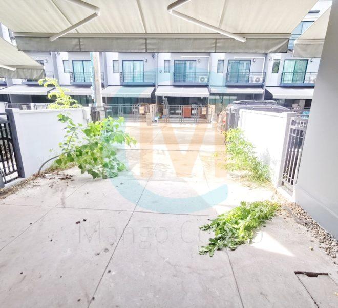Townhouse Baan Klang Muang Rama 9 Onnuch