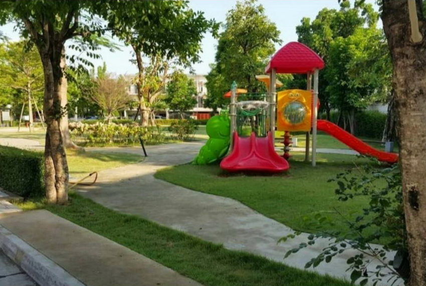 villette city pattanakarn_garden